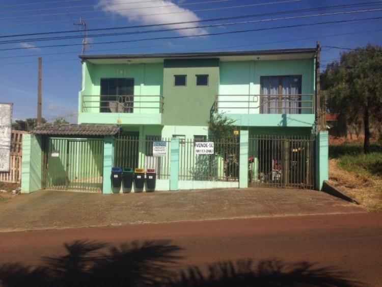 Vende-se sobrado na avenida brasil prÓximo a fag