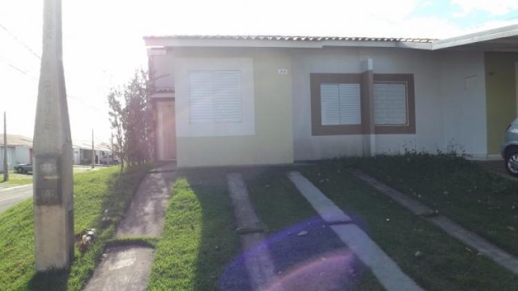 Vende-se casa no condomÍnio terra nova iii